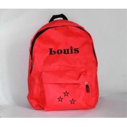 Rød rygsæk med navn på