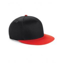 Sort og rød junior SnapBack cap med navn på