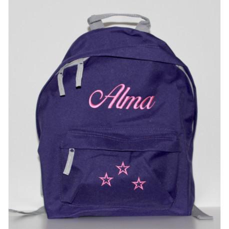 Lilla rygsæk med navn på i børnestørrelse.