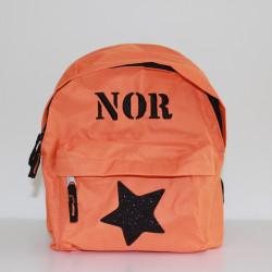 Orange børnehave rygsæk med navn og stjerne på