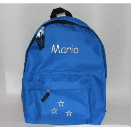Blå rygsæk med navn på